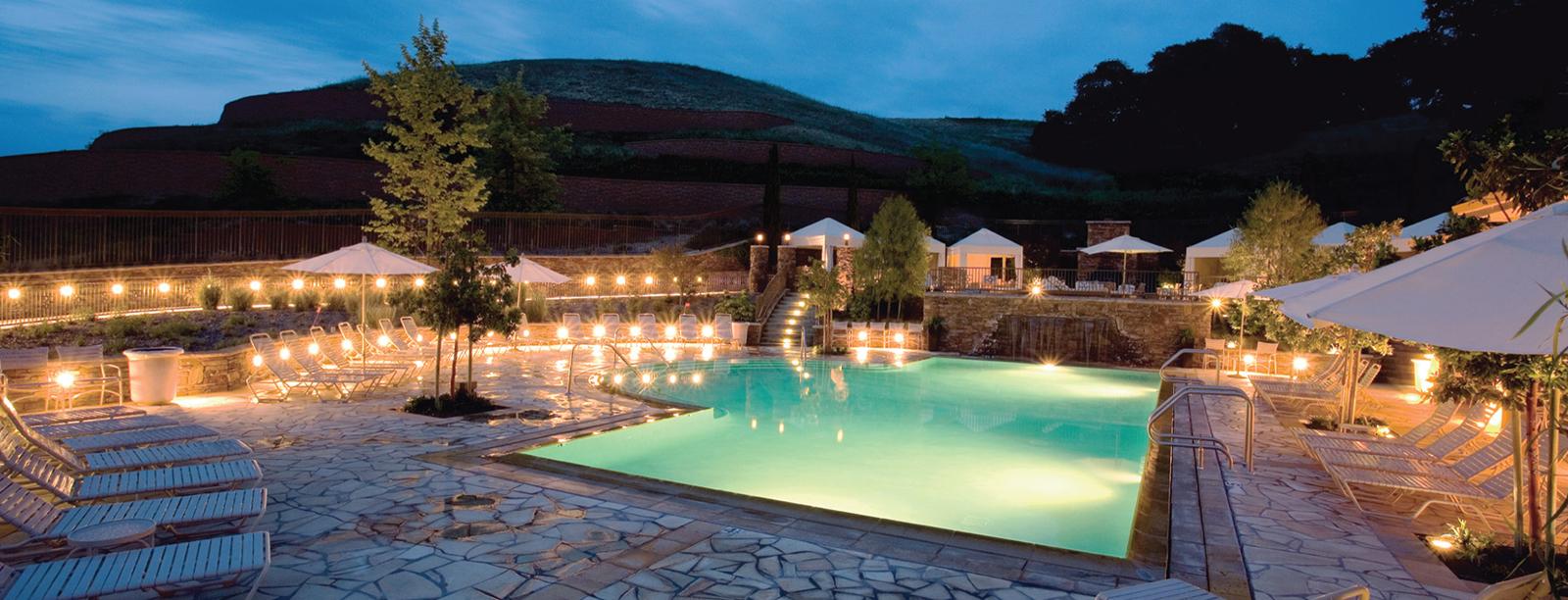 Cache Creek Casino Resort Brooks 的游泳池