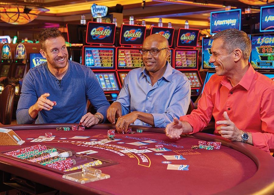 Как правильно делать ставки на слотах в казино?