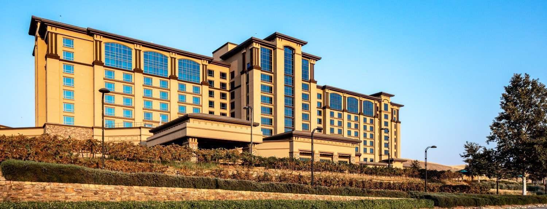 Comunicarse con el Cache Creek Casino Resort, Brooks