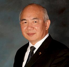 David Li, anfitrión del casino en el Cache Creek Casino Resort