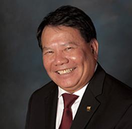 James Luong, anfitrión del casino en el Cache Creek Casino Resort