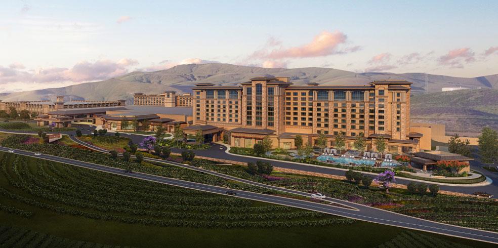 Piscina Sur en Cache Creek Casino Resort, Brooks