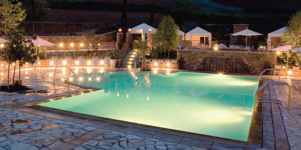 Hồ bơi phía Bắc tại Cache Creek Casino Resort, Brooks